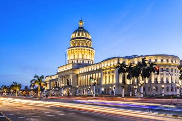 CUB2390AW National Capitol building (El Capitolio) in the evening, Centro Habana Province, Havana, Cuba
