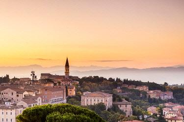ITA15490 Italy. Umbria. Perugia. The historical centre of the town of Perugia.