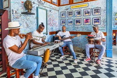 CUB2515AW A band playing music in a bar in Trinidad, Sancti Spiritus, Cuba