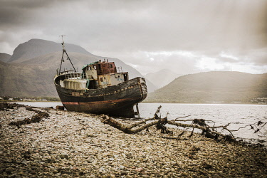 SCO35681AW The Old Boat of Corpach with Ben Nevis in the background, Fort William, Scotland, UK