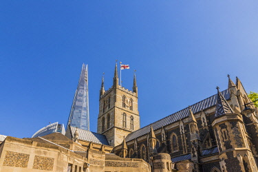 ENG17232AWRF Southwark Cathedral and The Shard, London, England,UK,