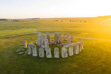 ENG17262AW Stonehenge, Salisbury Plain, Wiltshire, England