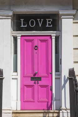 TPX73763 England, London, Westminster, Kensington and Chelsea, Pink Door with Love Sign