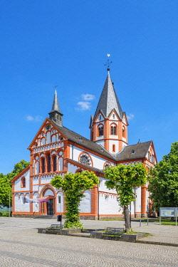 GER12104AW Church St. Peter, Sinzig, Rhine valley, Eifel, Rhineland-Palatinate, Germany