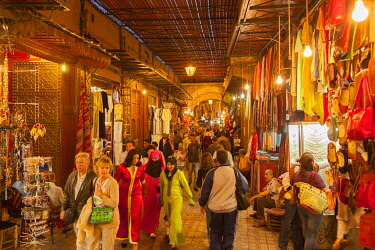 MOR2573AW Morocco, High Atlas, Marrakech, imperial city, medina listed as World Heritage by UNESCO, Souk