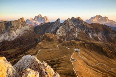 CLKFM130896 Italy,Veneto,Belluno district,mount ra Gusela,high angle view of Giau pass and in the background the Pelmo and Civetta mountains
