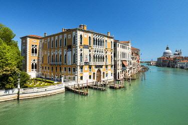 CLKNM132674 The Grand Canal during Coronavirus, Venice, Veneto, Italy, Europe