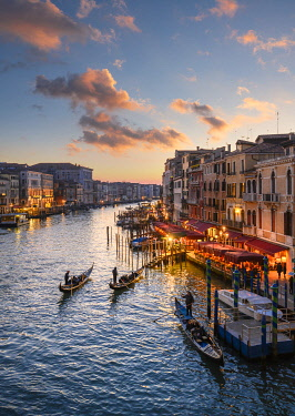 CLKST129618 Canal grande at sunset near Rialto Bridge, Venice, Veneto, Italy.