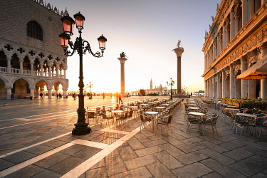CLKST129632 Sunrise in San Marco Square, with San Giorgio Church on the background. Venice, Veneto, Italy.