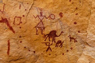 CLKSP132903 Prehistoric rock paintings, Wadi Teshuinat, Akakus, Sahara desert, Fezzan, Libya.