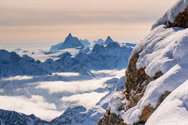 CLKGM132022 Matterhorn peak in background from La Sale peak in Valais mountains. Igloo refuge des Pantalons Blancs, Heremence, Sion, Valais canton, Switzerland