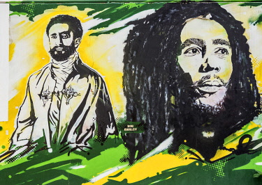 JAM0121AW Graffiti Mural Painting at Bob Marley Museum, 56 Hope Road, Kingston, Saint Andrew Parish, Jamaica