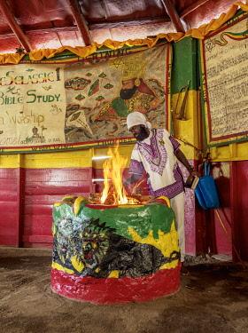 JAM0205AW Weekly Sabbath Celebration, School of Vision Temple, Rastafarian Community, Blue Mountains, Saint Andrew Parish, Jamaica