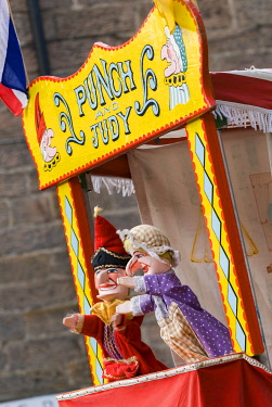 ENG17403 Punch & Judy, Glendale Festival 2008, Northumberland, England