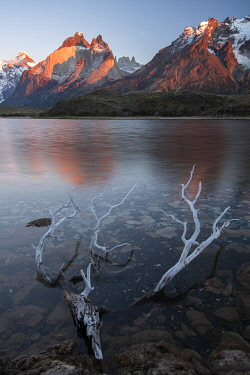 CHI11281AW South America, Chile, Andes, Patagonia, Torres del Paine, UNESCO World Heritage, National Park