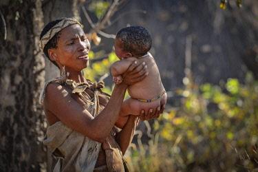 NAM6688AW Africa,Namibia,Bushmen Clan