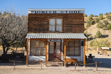 USA15614AW USA; New Mexico; Chloride; Ghost Town, Pioneer store