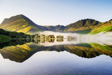 ENG17443AW UK, Cumbria, Lake District, Buttermere