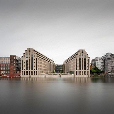 IBLBDH05786177 The Cuvry Campus on the Spree in Berlin Kreuzberg, 2020 Germany