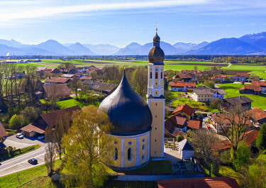 IBXMAN05772328 Pilgrimage Church of St. John the Baptist and Holy Cross in Westerndorf, near Rosenheim, Alpine foothills, drone recording, Upper Bavaria, Bavaria, Germany, Europe