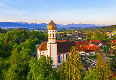 IBXMAN05797705 Church of St. Mary in Beuerberg, near Eurasburg, T�lzer Land, drone recording, foothills of the Alps, Upper Bavaria, Bavaria, Germany, Europe