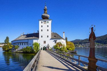 IBXWWE05801050 Castle Ort in Gmunden, Lake Traun, Salzkammergut, Upper Austria, Austria