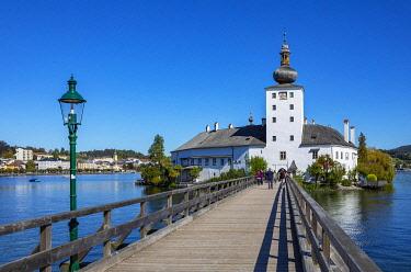 IBXWWE05801051 Castle Ort in Gmunden, Lake Traun, Salzkammergut, Upper Austria, ÷dterreich