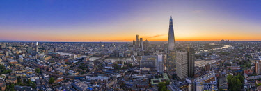 ENG17644AW Sunsrise over the Shard and city of London, London, England, UK