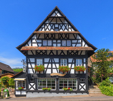 GER12379AW Half-timbered houses at Sasbachwalden, Black Forest, Baden-Wurttemberg, Germany
