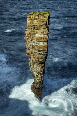 SCO35694AW North Gaulton Castle sea stack on the wild west coast of Mainland, Orkney Islands, Scotland. Autumn (September) 2019.