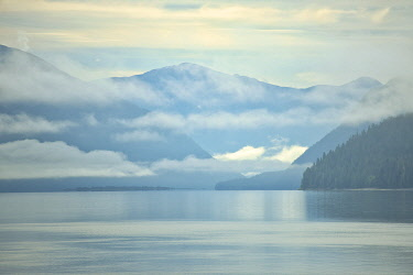 CN02BJY0582 Canada, British Columbia. Fog rising over the Skeena River.
