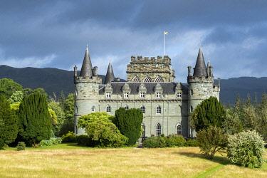 SCO35761 UK, Scotland, Argyll.  Inverary Castle is the seat of Clan Campbell and the Scottish home of the Duke of Argyll.