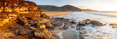 AUS4595AW Tallows Beach rock platform. Bouddi National Park, Central Coast, New South Wales, Australia