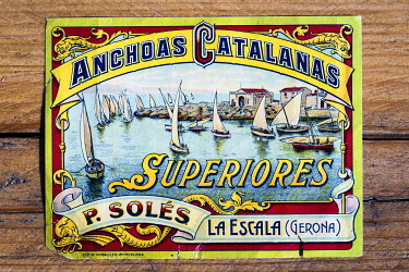 SPA9993AW Europe, Spain, Catalonia, Siruana d'Empordá, The first label of anchovies can used by Anchoas Solés company.