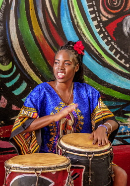 CUB2623AW Weekly Sunday Rumba Show, Callejon de Hamel, Havana, La Habana Province, Cuba