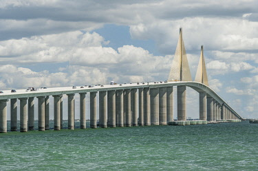 US10RTI0178 Florida, St. Petersburg, Sunshine Skyway Bridge
