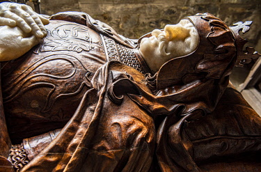SCO35838 Scotland, Highlands, Argyll.  Effigy of Robert the Bruce in the Bruce Chapel at St Conan's Kirk