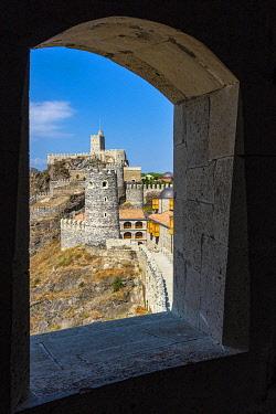 GEO0554AW Rabati Castle on sunny day, Akhaltsikhe, Meskheti, Samtskhe-Javakheti, Georgia