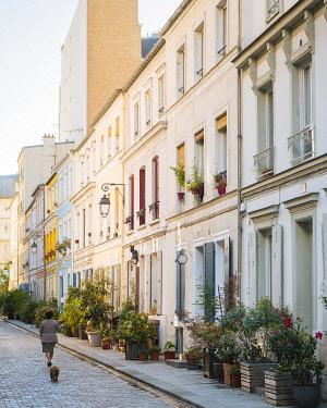 FRA12010AW Rue Cremieux, Paris, France