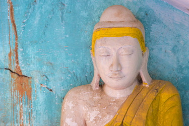 MYA3004AW Detail of Buddha statue, Hpo Win Daung Caves (AKA Phowintaung Caves), Monywa, Monywa Township, Monywa District, Sagaing Region, Myanmar
