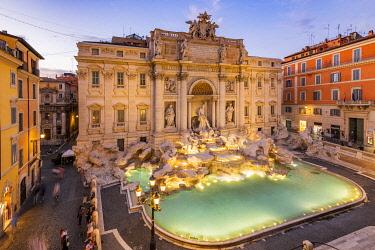 ITA16111AW Trevi fountain and Palazzo Poli, Rome, Lazio, Italy