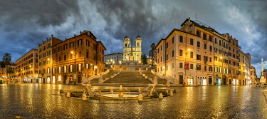 ITA16191AW Piazza di Spagna and Spanish Steps by night, Rome, Lazio, Italy