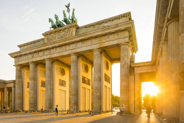 DE01578 Brandenburg Gate, Berlin, Germany