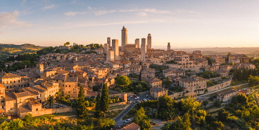 ITA16257AW San Gimignano, known as the Town of Fine Towers, Siena province, Tuscany, Italy.