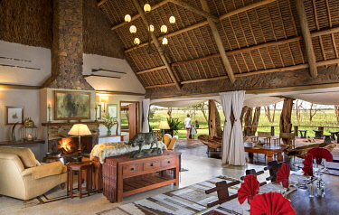 KEN11566 Sirikoi, Lewa Wildlife Conservancy, Kenya, the spectacular lounge and dining area of the private house.
