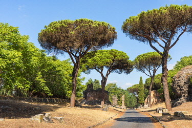 ITA16378AW europe, Italy, Latium. Rome, walking on the ancient Via Appia antica.