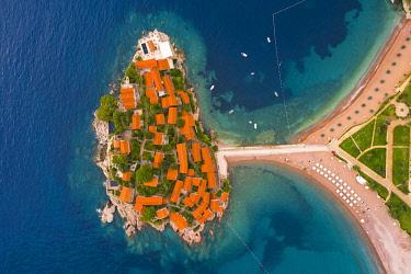 MNT0072AW Island village of Sveti Stephan, Sveti Stephan, Budva, Montenegro