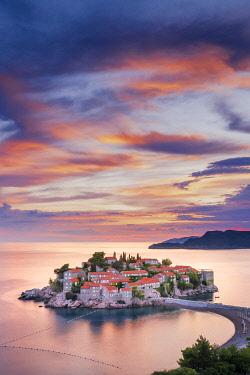 MNT0073AW Island village of Sveti Stephan, Sveti Stephan, Budva, Montenegro