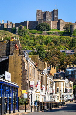 ENG18253AW UK, England, Kent, Dover, Dover castle from Castle Street