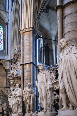 ENG18267AW Europe, UK, England, London, Westminster, Westminster Abbey, interior of the ancient Gothic Abbey and Unesco World Heritage Site, historic monument, Anglican church, Statesmens Aisle in the North Tran...